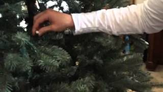 Download Video Super easy way to fix your GE prelit Christmas tree's dead light strand MP3 3GP MP4