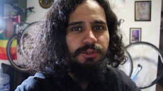 """Nueva modalidad de robo a ciclistas COMPARTIR. ES. IMPORTANTE ...Cazan a su víctima, después abordó de una motocicleta te embisten y atracan. AFORTUNADAMENTE esta vez el ciclista solo perdió la bici debido al impacto de la motocicleta. 🌵Sígueme en Instagram, Facebook, Twitter & Instagram 🌵 Solo busquen: 🚲– EL TIO VERDE  @ElTioVerde @ENBICIVERDE #ELTIOVERDE –👉¿*** P R E G U N T A ***?¿FUE UN ATRACO ? ¿O FUE UN BRONCA DE BARRIO?👉""""No dejes de dejar tu respuesta en la caja de comentarios"""".👋*** CONECTA CONMIGO ***1.- Facebook: https://www.facebook.com/WeyVerde2.- Instagram: https://www.instagram.com/tio_verde3.- Twitter: https://twitter.com/enbiciverde👍Si te ha gustado el vídeo dale LIKE y compártelo en tus redes sociales. Gracias!👽Aqui te dejo una comunidad que a cambiado mi visión de vida:Hasta pronto."""