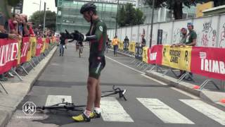 Nonton Angry Cyclist Destroys His Bike At Red Hook Milano 2016 Film Subtitle Indonesia Streaming Movie Download