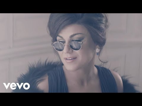 0 Melody Gardot : La vie en rose video clip breve