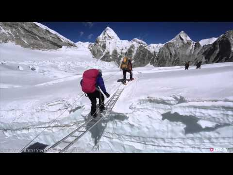 steck - http://www.epictv.com Tempers flared on Mt Everest as an angry mob of Sherpas attacked a team of western alpinists including Ueli Steck, Simone Moro and Jon ...