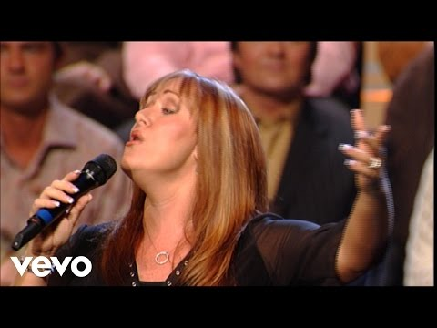 Bill & Gloria Gaither – The River [Live] ft. Kim Hopper