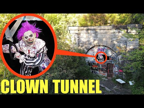when you see this crazy clown at clown tunnel RUN away Fast! (He will cut you with huge scissors)