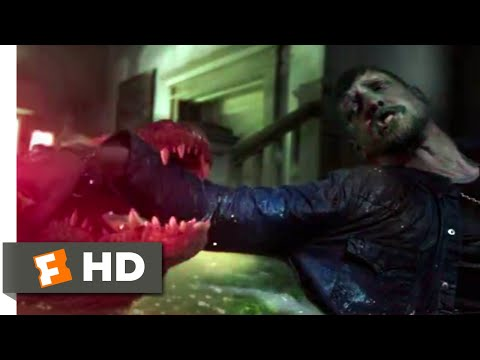 Crawl (2019) - Trapped in the Bathroom Scene (9/10) | Movieclips