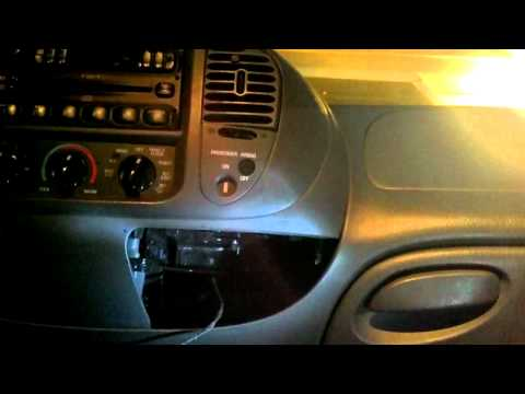 How to replace repair the ash tray /cup holder Ford
