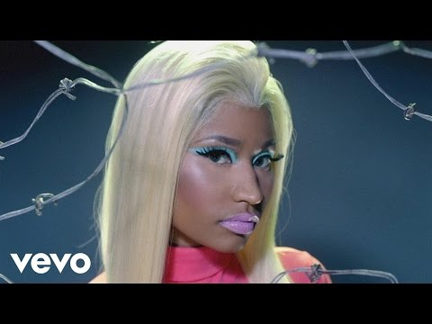 Nicki Minaj (feat. 2 Chainz) &#8211; Beez In The Trap official Music Video
