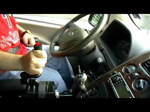 Mercedes Vito – управление одной рукой
