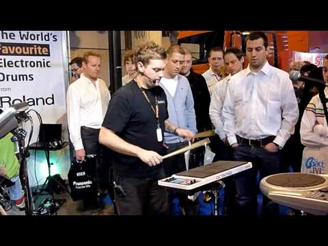 Craig Blundell Amazing Drum Demo Pt. 1