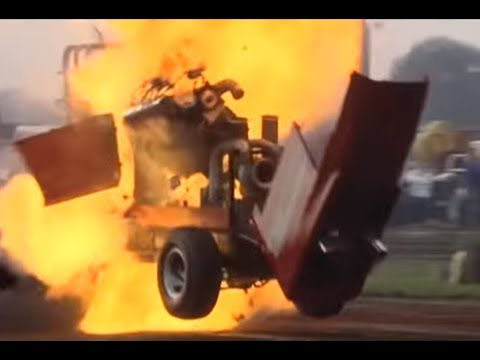 Tractorpulling - My compilation of the crashes I filmed between 2007 and 2011, it's from the european tractorpulling events no one in the video got seriously hurt.