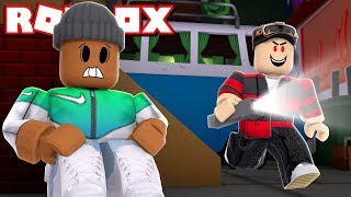 *NEW* HIDE AND SEEK AT 12AM in Roblox!! (Very Scary)