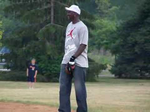 Brian Urlacher and Michael Jordan playing ball in WC!