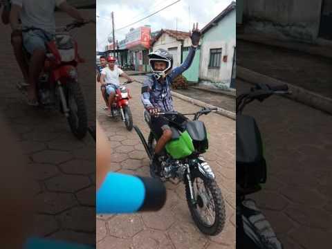 Trilhos dos Balas em IPIXUNA DO PARA. Preparativos antes da trilha.  FAMILIA OS PIRAMYD