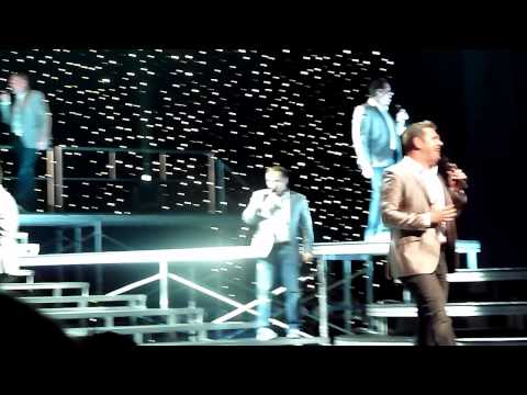 Straight No Chaser singing NKOTBSB!
