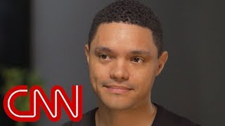 Video 'Daily Show' host Trevor Noah on Obama vs. Trump MP3, 3GP, MP4, WEBM, AVI, FLV Oktober 2018