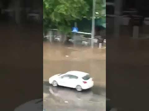 Thestival.gr Άνοιξαν οι ουρανοί- Πλημμύρα στη Σταυρούπολη