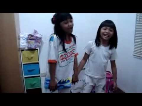 fet888 - January, 2010. Beti & Oe performing the Kimmy Dora theme song plus an original song called 