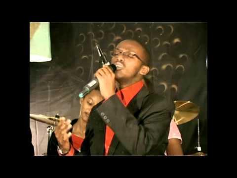 Ntuma Data (видео)