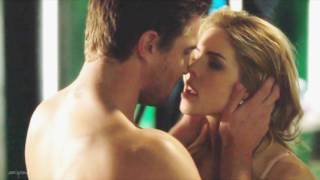 Video Oliver and Felicity 520 {slowmotion} • how would you feel MP3, 3GP, MP4, WEBM, AVI, FLV Agustus 2018