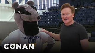 Video Conan Improves UC Irvine's School Mascot  - CONAN on TBS MP3, 3GP, MP4, WEBM, AVI, FLV Juni 2019