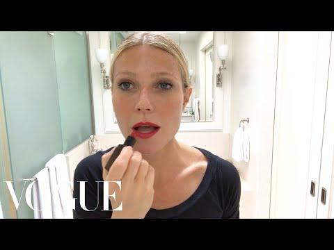 Gwyneth Paltrow's Guide to Glowing Skin | Beauty Secrets | Vogue (видео)