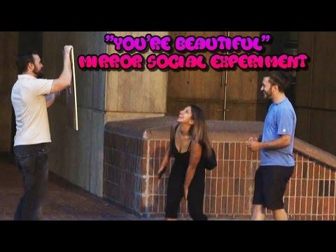 Tämä hauska pila saa naiset onnelliseksi: 'You're Beautiful!'