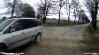 Hardkorowe wymuszenie przy 100km/h – Polska