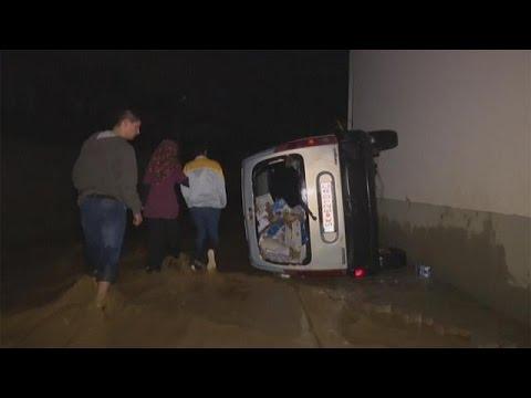 ΠΓΔΜ: Τουλάχιστον 20 νεκροί από πρωτοφανείς πλημμύρες στα Σκόπια