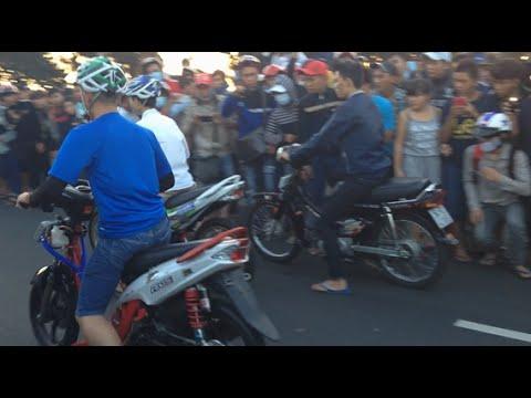duaxe - Giải đua xe đường phố tự do mỡ rộng 2/9/2014 http://facebook.com/VietNamRacingBoy Tags : dốc con rồng 2/9 , vũng tàu 2/9 , 2/9/14 , 2/9/2014 , đua ...
