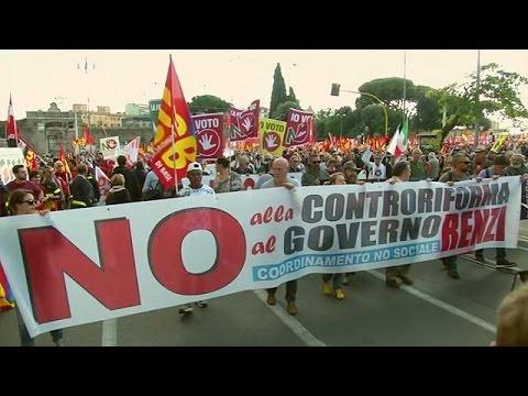 Ιταλία: «Ημέρα κατά του Ρέντσι»
