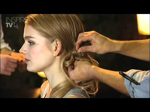 Shoestring Bow Ponytail by L'Oréal Professionnel