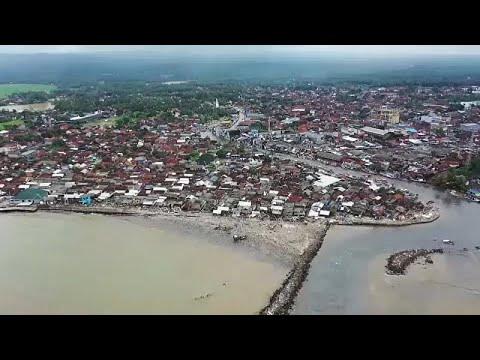 Ινδονησία: Εικόνες καταστροφής από drones μετά το σαρωτικό τσουνάμι…