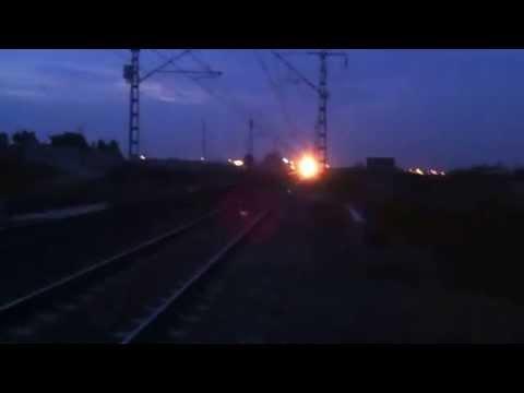 نشطاء يرصدون اللحظة التي صدم فيها القطار الوزير باها