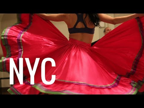 Travel Bare Feet™ – Calpulli Mexican Dance Company