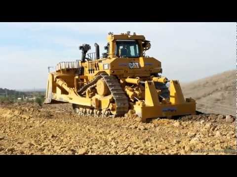 CAT D11T in action