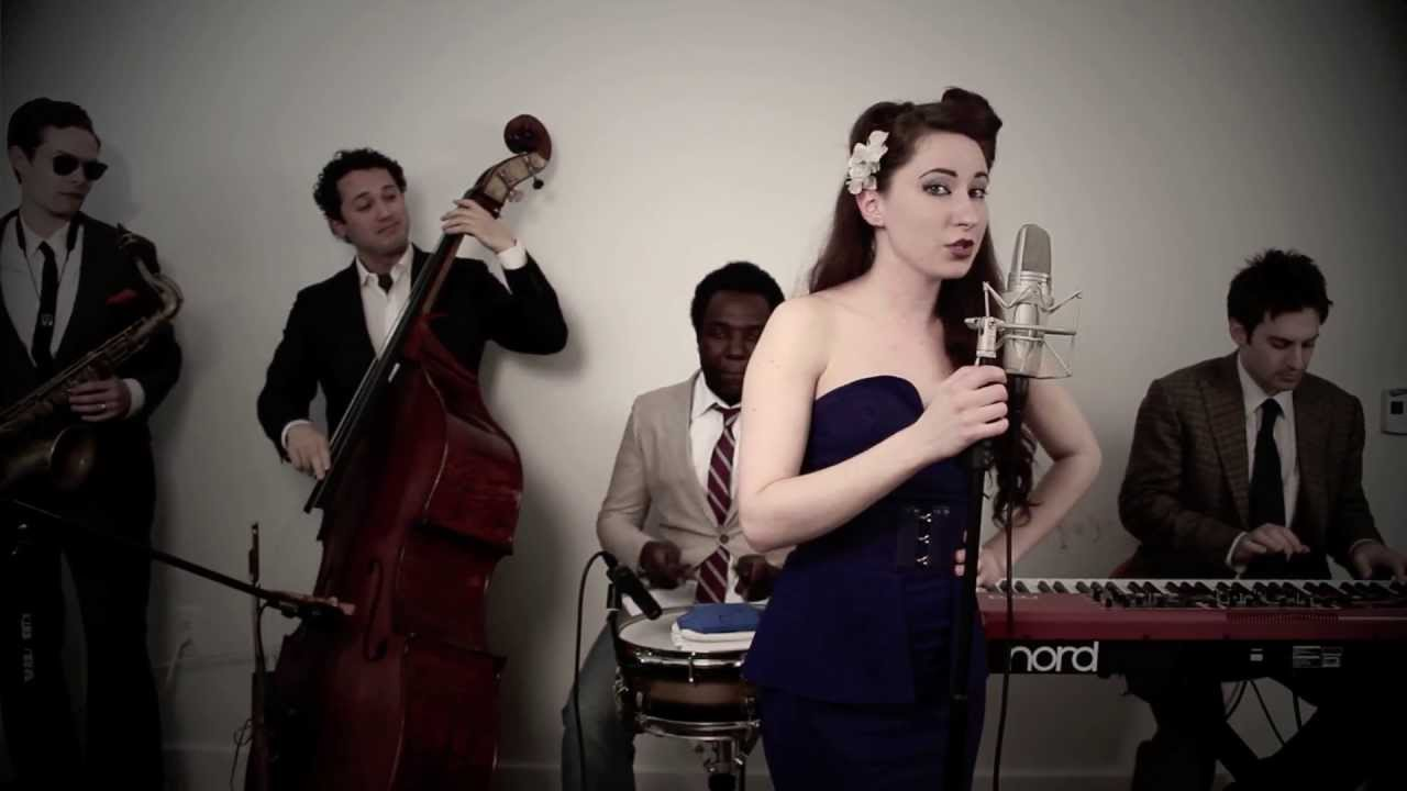 Beauty And A Beat  (Vintage 1940's Swing Justin Bieber / Nicki Minaj Cover)