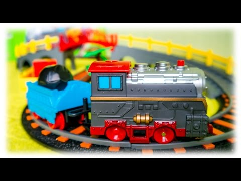 VIDEO FOR CHILDREN - Toy Railroad Merry Trip with Bridge & Train + Locomotive with Realistic Sounds