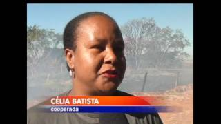 Ontem mostramos um incêndio na zona oeste de Votuporanga que atingiu uma área de preservação ambiental. Hoje mais dois locais foram tomados pelo fogo, um deles uma área perto de uma cooperativa de reciclagem.