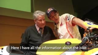 Video Marc Márquez shows the new RC213V to his grandfather MP3, 3GP, MP4, WEBM, AVI, FLV Januari 2018