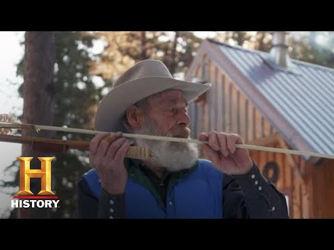 Mountain Men: Tom Crafts an Ancient Hunting Weapon (Season 9) | History