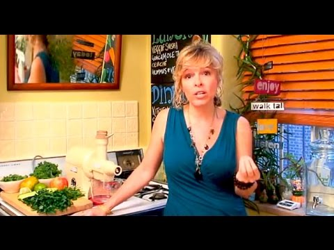 juicing - More nutrition tips & videos: http://www.barbaramendeznutrition.com Juicing is one of the best things you can do for you health. In liquid form, it's possibl...