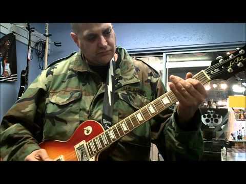 MOUNTAINOUS BUYS A NEW LES PAUL GUITAR AT APPLE MUSIC ROW (видео)
