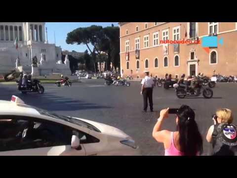Harley-Davidson 110. Let Řím