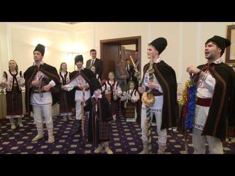 Președintele Nicolae Timofti a primit în Ajunul Crăciunului pe stil nou cete de colindători