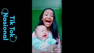 Video Tik Tok 야야야 Lucu nih AWAS KAGET YA #NGAKAK MP3, 3GP, MP4, WEBM, AVI, FLV September 2018