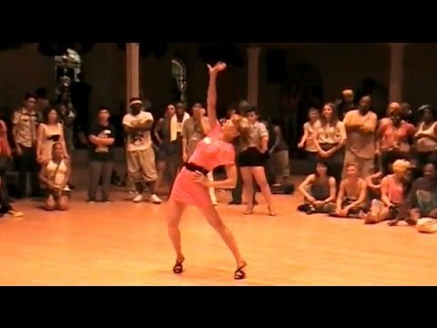 WAACKING DANCE: Step Ya Game Up (NYC 2009)