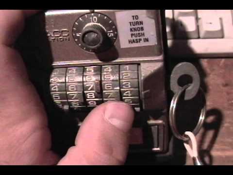 old Multacc realtor's lockbox