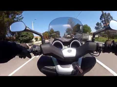 Test Drive Yamaha Xmax 125 - 2013