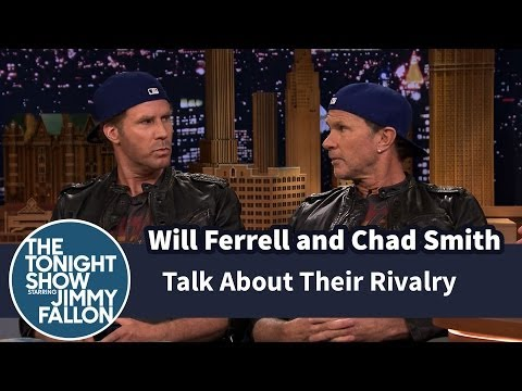 Will Ferrell a Chad Smith v bubenickém duelu