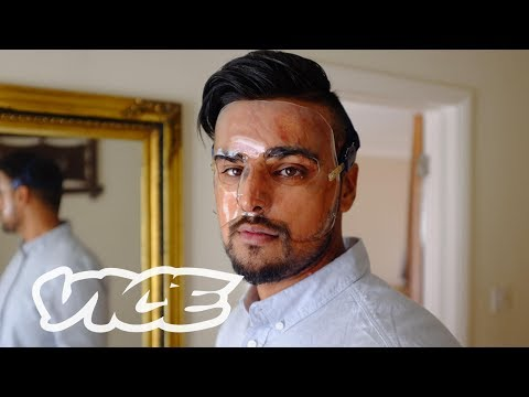 The Rise of Acid Attacks in the UK: VICE Reports (2017)