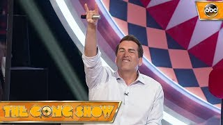 Watch this act, Air Guitar Champion, from The Gong Show 1x5 Celebrity Judges:Rob RiggleKen JeongRegina Hall Watch more acts on The Gong Show Thursdays at 109c on ABC! Subscribe: http://goo.gl/mo7HqT